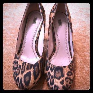 Shoes - Cheetah heels